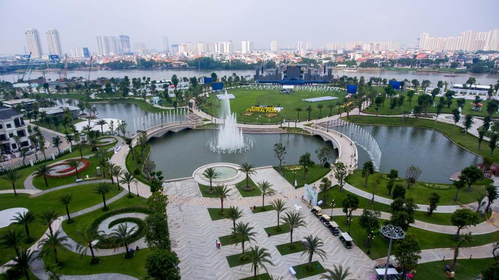 Vin Homes Central Park - The Villas -Cong Vien Bo Song